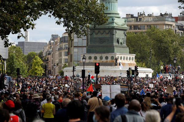 Plusieurs milliers de personnes ont défilé dans les quatre manifestations déclarées à Paris.