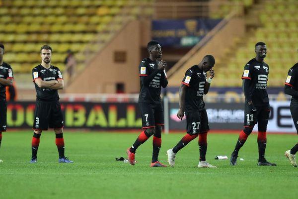 La déception des Rennais, après la séance des tirs au but qui signe leur élimination de la Coupe de la Ligue - 9/01/2019