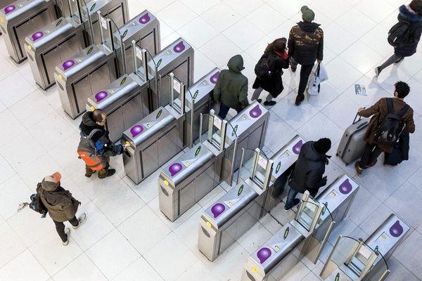 Le Medef Paris a adressé un courrier à la présidente d'Ile-de-France Mobilités, Valérie Pécresse, afin d'obtenir le remboursement de la part des entreprises dédiée aux transports.