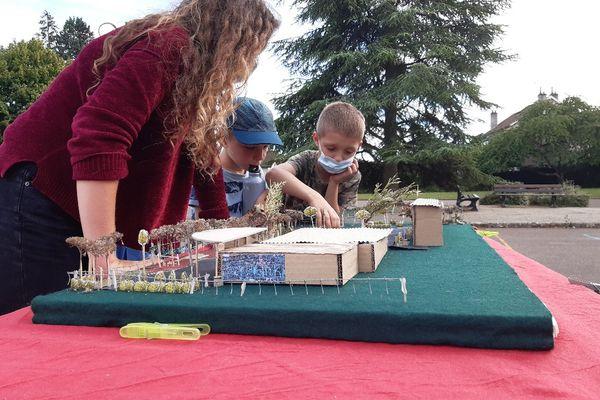 C'est sur la base des idées des enfants que s'est dessiné le projet de la nouvelle cour d'école.