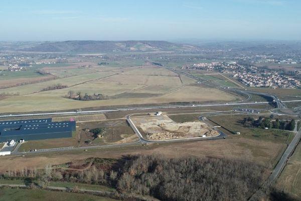 Les Portes du Tarn doivent s'implanter sur 198 hectares, en bordure de l'A68, entre Buzet-sur-Tarn et Saint-Sulpice-la-Pointe. Archives.