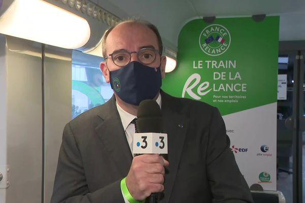 """Jean Castex présente le plan """"France Relance"""" en direct pour France 3 Limousin, lundi 20 septembre 2021, en gare de Limoges-Bénédictins."""