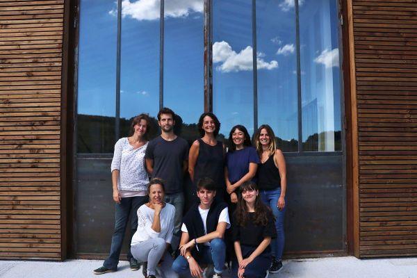 L'équipe des 7 salariés de Laines Paysannes est installée dans un atelier-boutique à Saverdun.