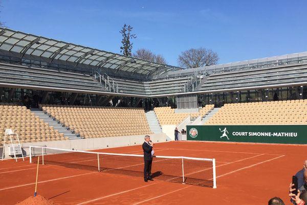Le court Simonne-Mathieu, construit sur une partie du jardin botanique d'Auteuil, accueillera ses premiers spectateurs le 26 mai prochain.