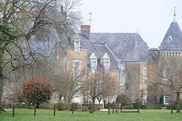 Le château des Fillon à Solesmes, dans la Sarthe