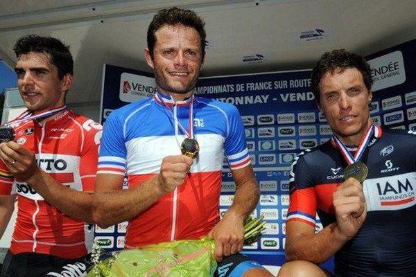 Le Calaisien Steven Tronet champion de France de cyclisme sur route, devant Tony Gallopin (à gauche) et Sylvain Chavanel (à droite)