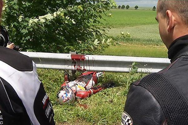 """Accident de moto (simulation """"guilotine"""" - Motards en colère - Marne)"""