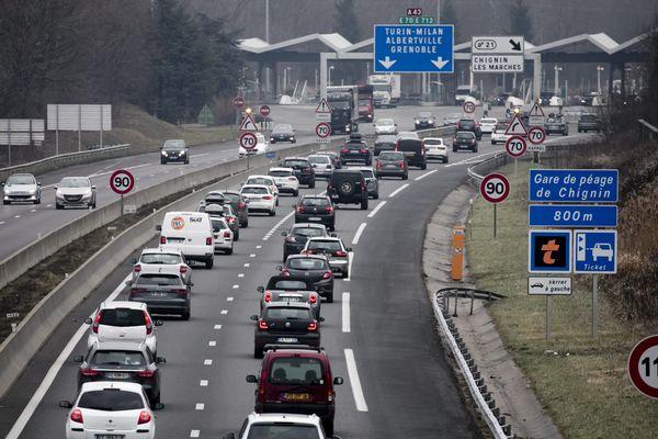 Image d'illustration - La circulation sur l'autoroute A43 en direction des stations de ski alpines, le 23 décembre 2017
