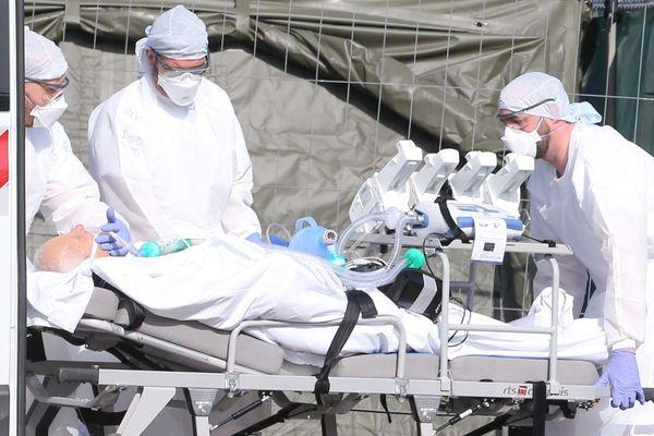 Une quinzaine de patients atteints du coronavirus vont être transférés dans la région Centre-Val-de-Loire. (Illustration)