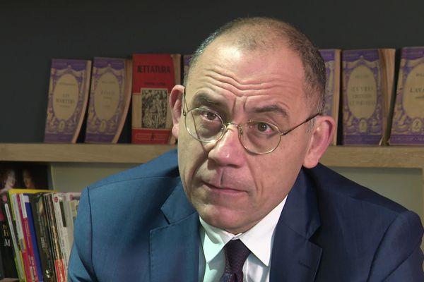 Le député La République en marche (LRM) Bruno Questel a révélé avoir été violé lorsqu'il était enfant.