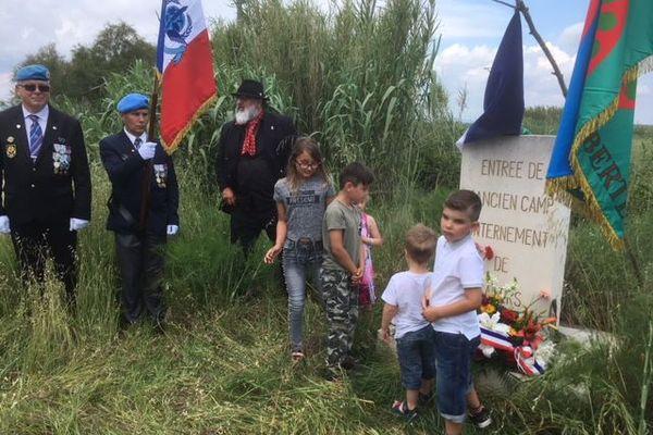 Arles : commémoration au camp de Saliers, un camp d'internement pour tsiganes