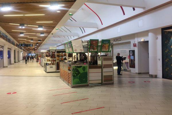 Affluence limitée en ce jour de réouverture du centre commercial