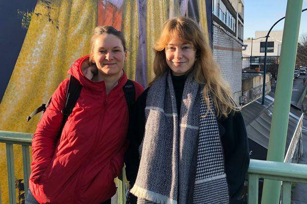 """Solenne Jouanneau et Kim Consigny, sociologue et dessinatrice, ont co-écrit """"La petite mosquée dans la cité""""."""