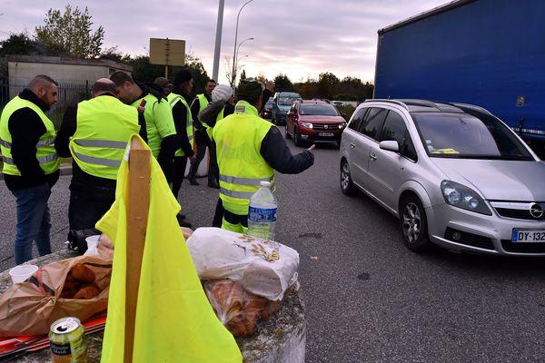 Barrage filtrant de gilets jaunes près de Toulouse