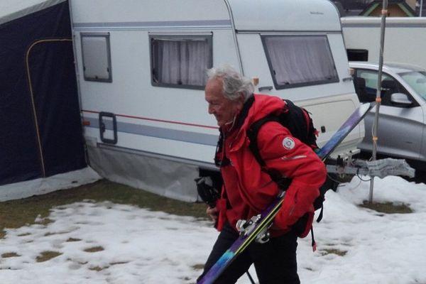 Roger, papy skieur