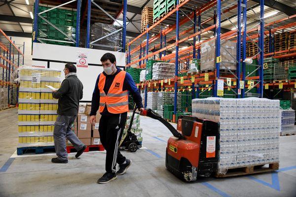 Cette année, la banque alimentaire de Franche-Comté espère collecter 200 tonnes de denrées alimentaires.