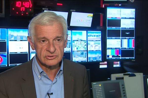 Le professeur Jean Chazal, lanceur d'alerte au sujet de la violence du jeu dans le rugby contemporain.