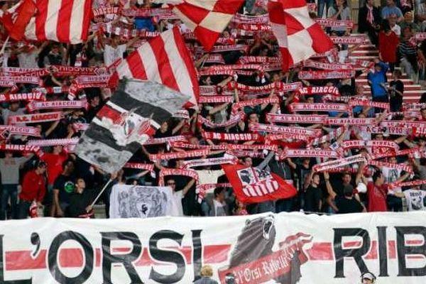 Supporters de l'AC Ajaccio au stade Francois Coty