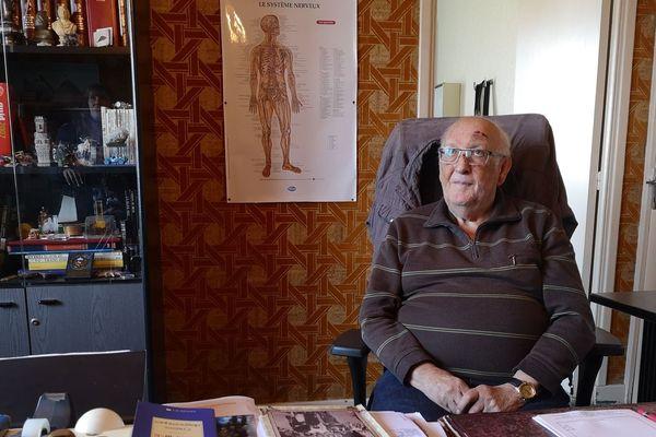 A Fournols, dans le Puy-de-Dôme, à l'âge de 80 ans, Pierre Méry, le médecin du village, a décidé de prendre sa retraite.