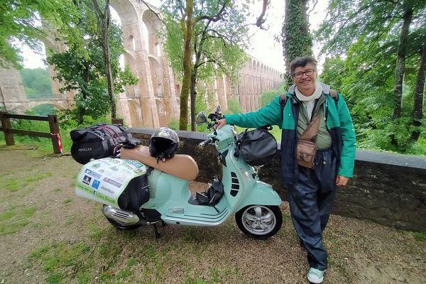 Denis Perrette, au pied du viaduc de Chaumont, en Haute-Marne.
