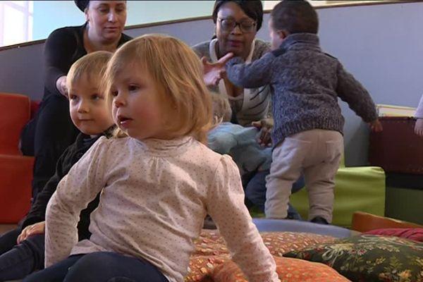 """L'opération """"Des parents, Un Bébé, Un Livre"""" a lieu pour la troisième année consécutive"""