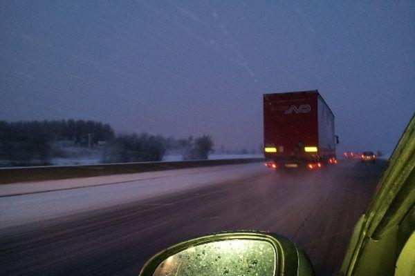 L'A1 sour la neige tôt ce matin