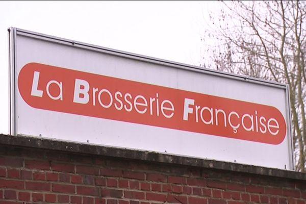 A Beauvais dans l'Oise, la Brosserie française fabrique des brosses à dent et mise sur une production éco-responsable.