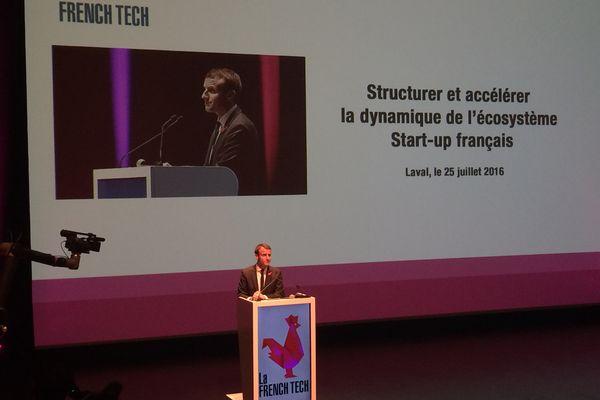 Emmanuel Macron a rappelé l'excellence de Laval Virtual et salué l'enseignement dispensé en Mayenne concernant les nouvelles technologies.