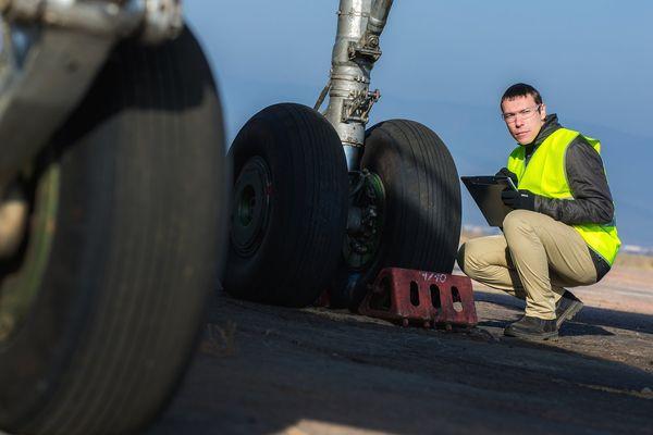 « PresSense » c'est le nom du projet porté depuis 2 ans par Michelin et Safran. Il s'agit du 1er pneumatique connecté pour avion.
