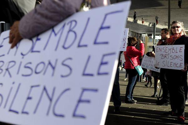 Harcèlement sexuel, la fin d'un taboo, c'est dimanche 3 décembre dans Dimanche en politique à 11h30 sur France 3 Auvergne.