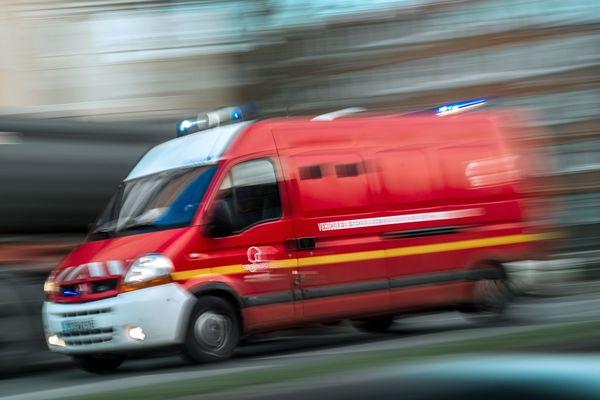 Le 3 mai, malgré l'intervention rapide des secours, les pompiers n'ont pas pu réanimer le conducteur d'un camion de livraison qui a percuté un poids lourd par l'arrière, sur la commune de Maillet dans l'Allier
