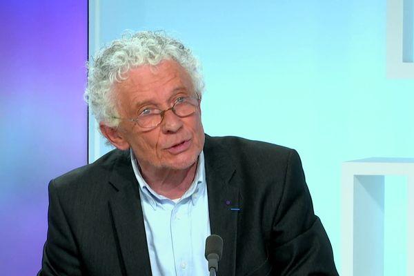 Claude Peyronnet élu avec 59,6% des voix à Bellac
