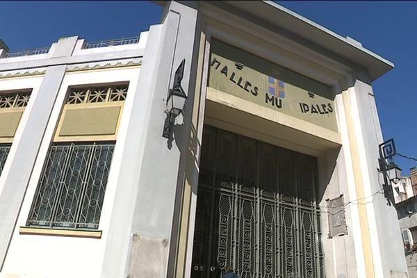 Ces halles avaient inaugurées en 1929. Fermées pendant de longues années, elles vont revivre avec des étals et des  restaurants.
