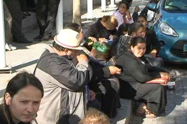 Une délégation de Roms a été reçue par le maire d'Evry pour envisager des propositions de logement.