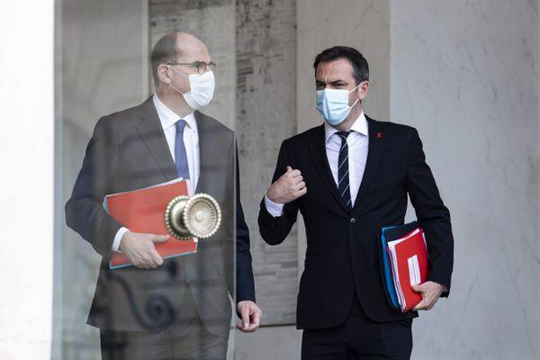 Le premier ministre Jean Castex doit annoncer de nouvelles mesures ce jeudi 7 janvier. Couvre-feu, point sur l'épidémie, reconfinement, situation des restaurants, bars, cultures....