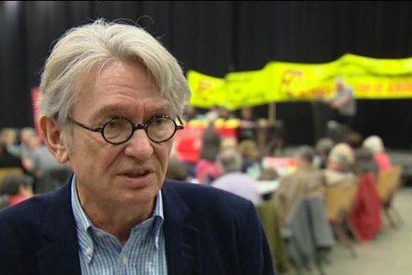 Jean-Claude Mailly, secrétaire général du syndicat Force Ouvrière, anime le Congrés du Puy-de-Dôme le 8 avril à Clermont-Ferrand.