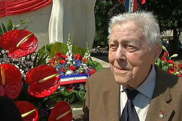 Le centenaire avait participé à la libération de Sainte-Savine (Aube) en 1945.