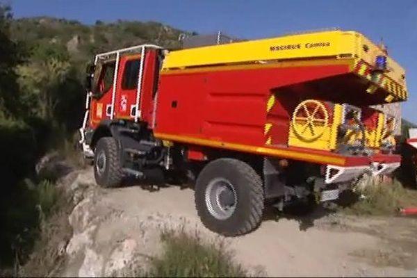 L'intervention des pompiers rendue délicate par le terrain accidenté