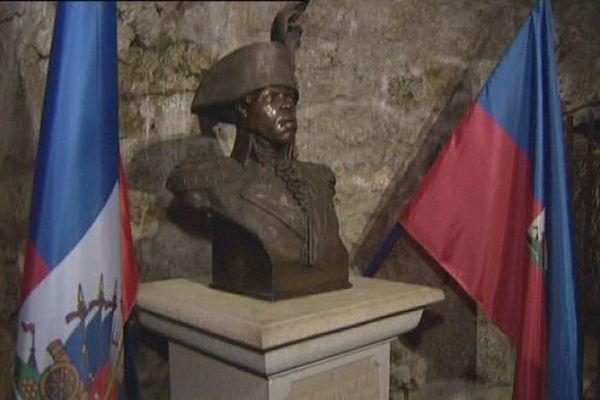 Statue de Toussaint Louverture