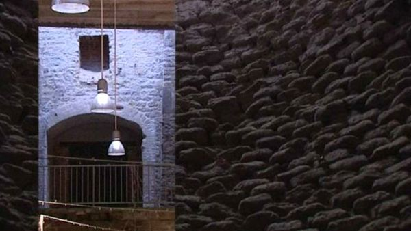 ancienne usine de chaux à Beffes dans le Cher
