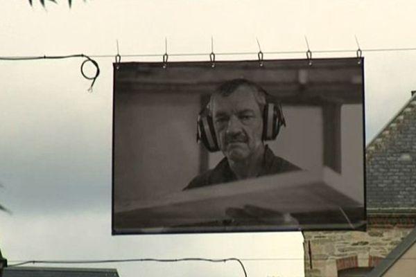 30 portraits réalisés par le photographe reporter Régis colin sont exposés dans les rues de Cherbourg