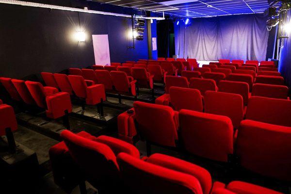 Salle de spectacle du théâtre L'Art Dû à Marseille.