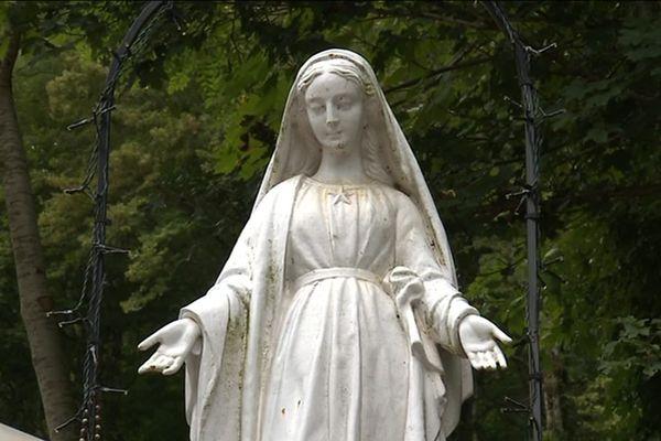 Notre Dame du chêne, à Scey-Maisières