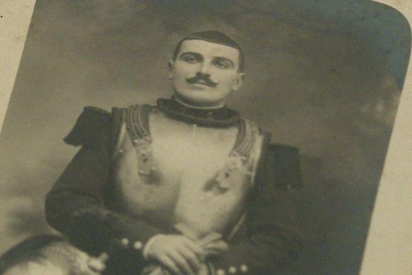 Damien Doat, cavalier d'élite tarnais de la Première Guerre mondiale.
