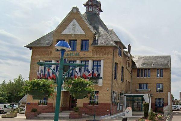 Jean-Marc Vennin élu maire de Mesnil-Esnard avec 34,57% des voix.