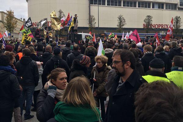 Manifestation du 7 décembre, Caen, boulevard Maréchal Leclerc