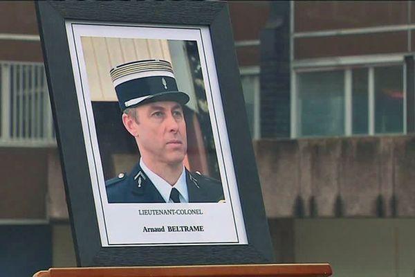 La photo du Colonel Beltrame lors de l'hommage national