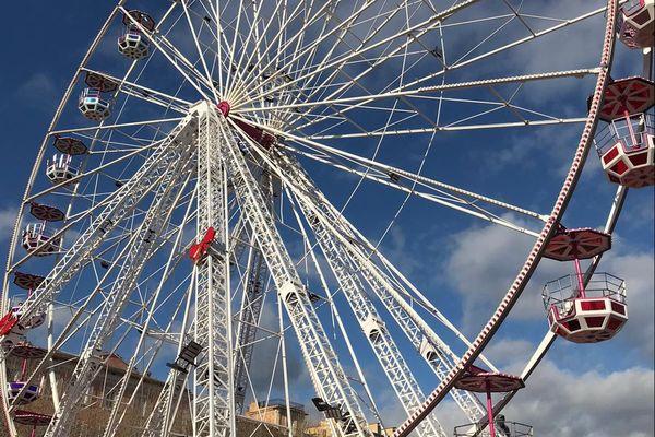 La grande roue de Bastia n'est pas autorisée à recevoir du public, sur décision préfectorale.