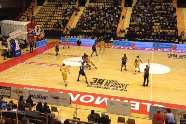 La JAVCM l'emporte 91 à 77 face à Evreux à la Maison des Sports de Clermont-Ferrand
