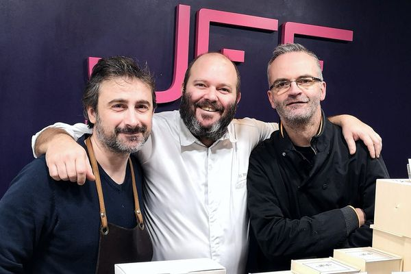 Le pâtissier Jean-François Foucher, le chef étoilé Pierre Marion et le fromager Emmanuel Armenoult.